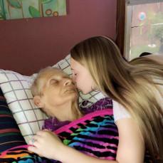 I love you grandma 💛👼🏼🤞🏽 - Olivia Elmore