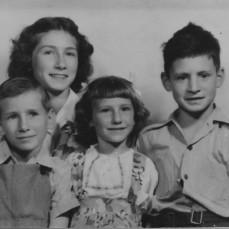 Clifford Deutsch children - Luana Walker