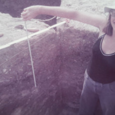 Kathy on the  excavation in France in 1976 - Sue Reynolds