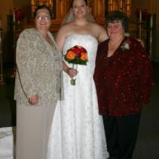 Georgia, Tonja, and Bonnine on Tonja's wedding day. - Tonja