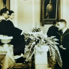 The late King Bhumibol Adulyadej of Thailand presented  diploma to Rungson during traditional graduation ceremony, April 1965. - Patrawadee Duangjak