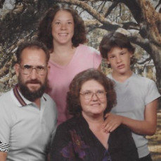 The Varner family in the  summer of 1981 - LuAnne  Sauter